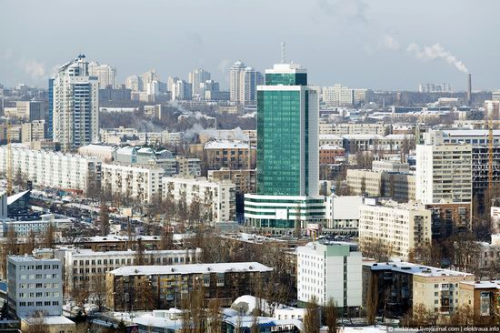 Kiev, capital of Ukraine, after snowfall photo 6