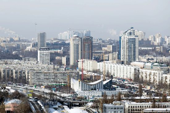Kiev, capital of Ukraine, after snowfall photo 7