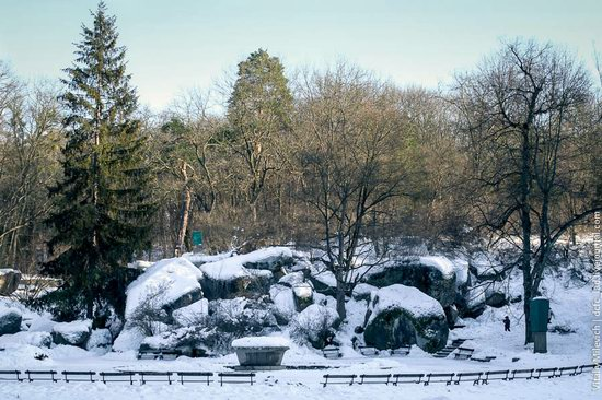 Snow-covered Sofiyivka park, Uman, Ukraine photo 12
