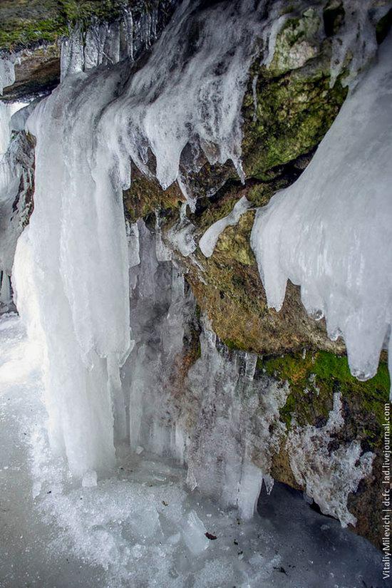 Snow-covered Sofiyivka park, Uman, Ukraine photo 15