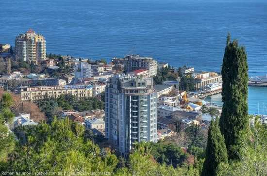Winter Yalta, Crimea, Ukraine photo 20
