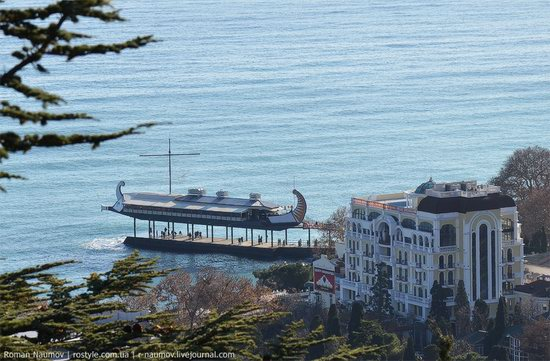 Winter Yalta, Crimea, Ukraine photo 21
