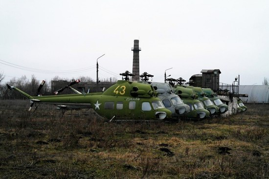 Abandoned flight training center near Zaporozhye, Ukraine photo 20