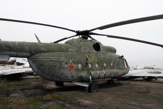 Abandoned flight training center near Zaporozhye, Ukraine photo 21