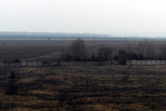 Abandoned flight training center near Zaporozhye, Ukraine photo 6