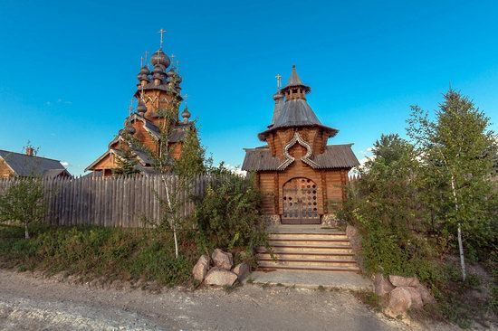The wooden monastery of All Saints in Svyatogorsk Lavra photo 3