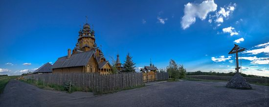 The wooden monastery of All Saints in Svyatogorsk Lavra photo 4