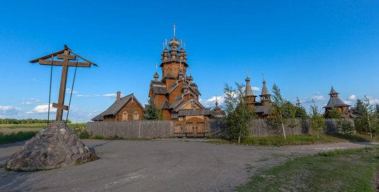 The wooden monastery of All Saints in Svyatogorsk Lavra photo 5