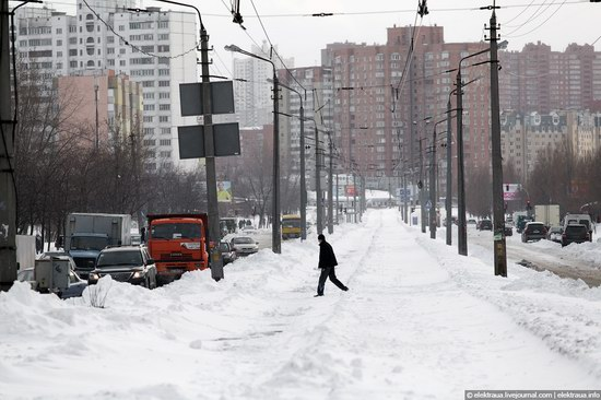 Abnormally heavy snowfall in Kiev, Ukraine photo 3