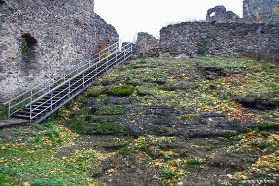 Nevitsky castle, Zakarpattia region, Ukraine photo 2