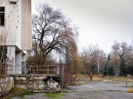Graffiti of Pripyat - the ghost town, Chernobyl, Ukraine photo 27