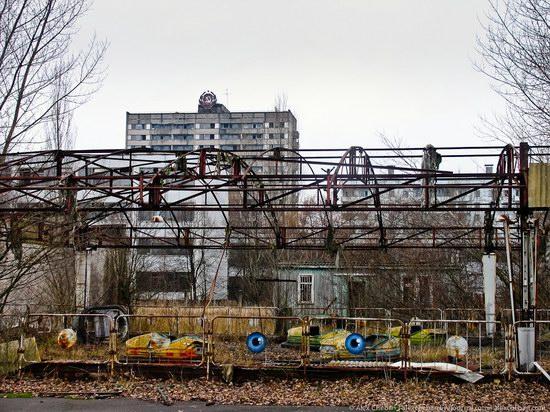 Graffiti of Pripyat - the ghost town, Chernobyl, Ukraine photo 6