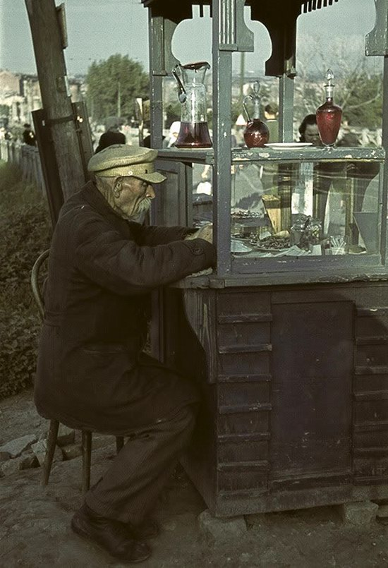 Kharkiv, Ukraine during the German occupation in color, photo 14