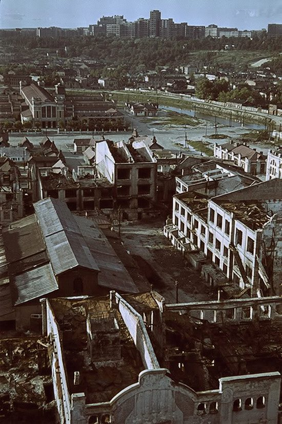 Kharkiv, Ukraine during the German occupation in color, photo 22