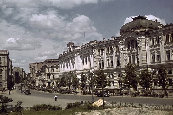 Kharkiv, Ukraine during the German occupation in color, photo 24