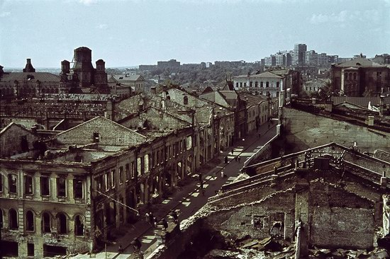 Kharkiv, Ukraine during the German occupation in color, photo 3