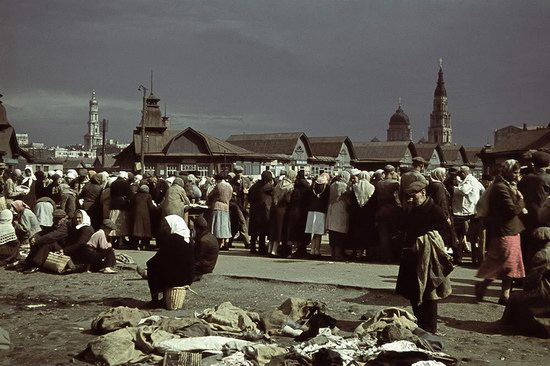 Kharkiv, Ukraine during the German occupation in color, photo 4