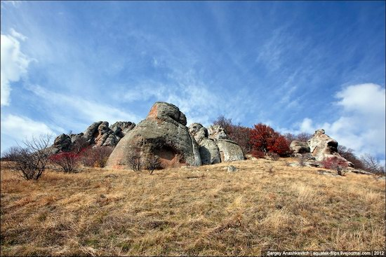 The Valley of Ghosts stone statues, Crimea, Ukraine photo 15