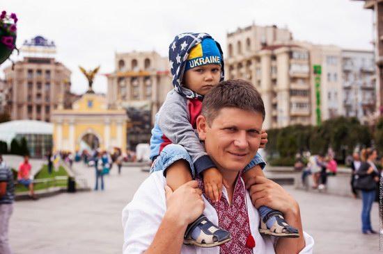 Ukrainians celebrating Independence Day, Kyiv photo 2