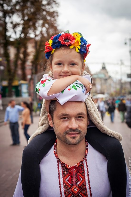 Ukrainians celebrating Independence Day, Kyiv photo 4