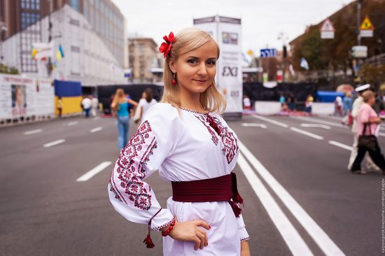 Ukrainians celebrating Independence Day, Kyiv photo 6