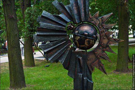 Forged Figures Park, Donetsk, Ukraine photo 14