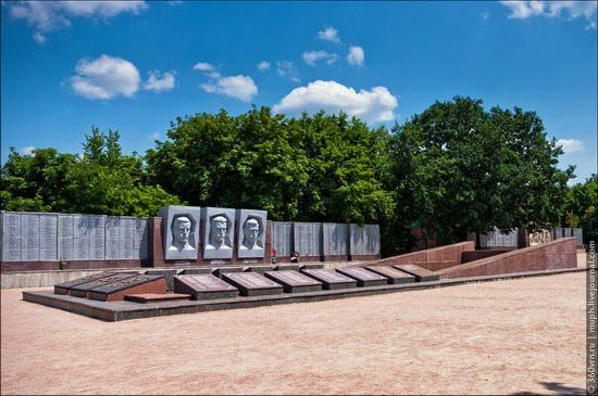 Svyatogorsky Historical-Architectural Reserve, Ukraine photo 10