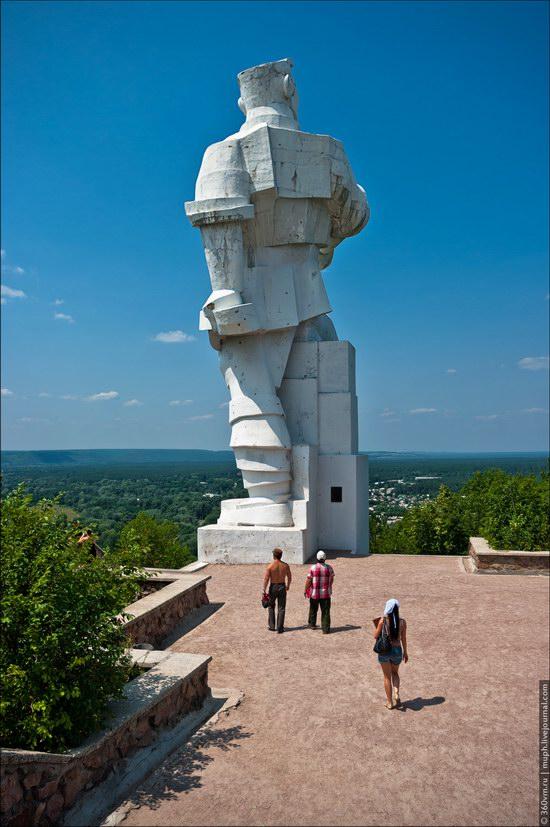 Svyatogorsky Historical-Architectural Reserve, Ukraine photo 11