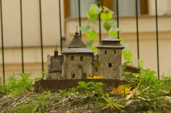Miniature Fortresses Park in Lviv, Ukraine photo 14