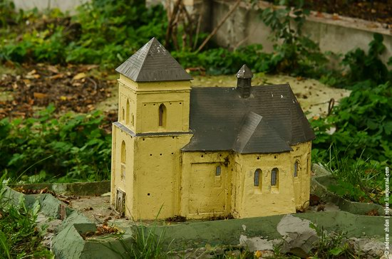 Miniature Fortresses Park in Lviv, Ukraine photo 22