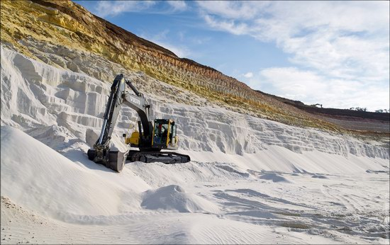Beautiful quartz quarry in Kharkiv region, Ukraine, photo 16