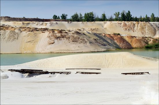 Beautiful quartz quarry in Kharkiv region, Ukraine, photo 7
