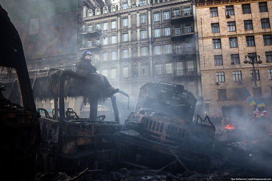 Confrontation in Kyiv, Ukraine, photo 10