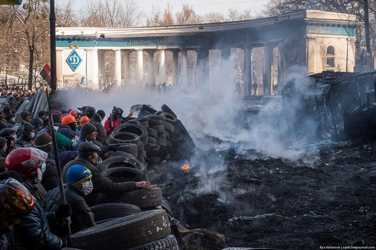 Confrontation in Kyiv, Ukraine, photo 13