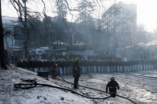 Confrontation in Kyiv, Ukraine, photo 14