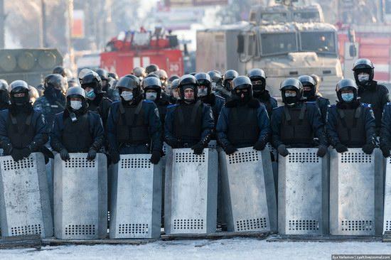Confrontation in Kyiv, Ukraine, photo 23