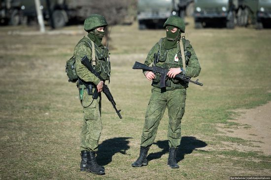 Russian troops, Crimea, Ukraine, photo 12