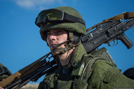 Russian troops, Crimea, Ukraine, photo 17