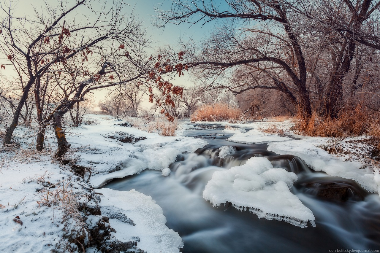 Beautiful winter landscapes the krynka river ukraine Beautiful snowfall pictures