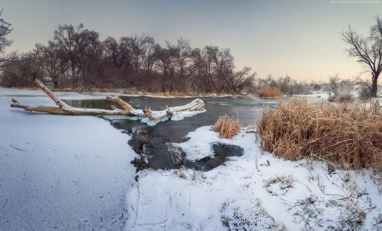 Beautiful winter landscapes - the Krynka River, Ukraine, photo 2