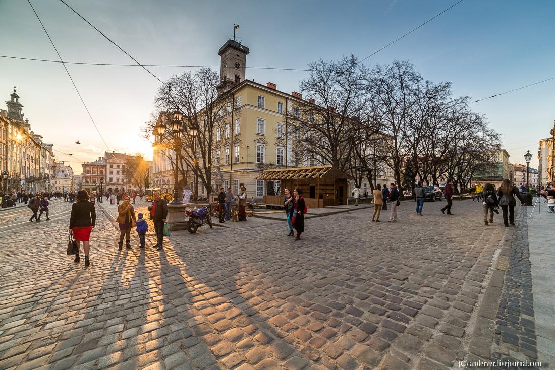 Lviv Ukraine  City pictures : Beautiful architecture of Lviv · Ukraine travel blog