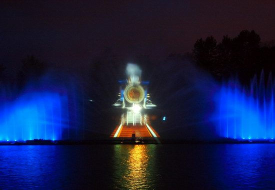 Unique light and music fountain in Vinnitsa, Ukraine, photo 11