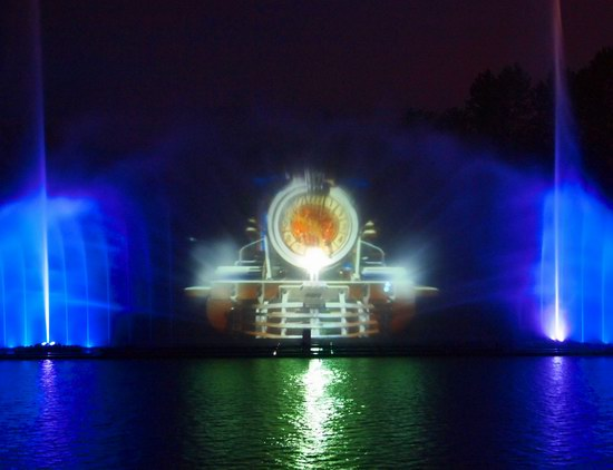 Unique light and music fountain in Vinnitsa, Ukraine, photo 12