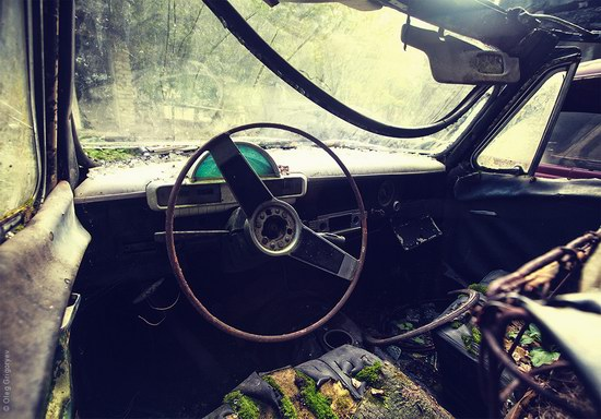 Abandoned vintage cars, Ukraine, photo 3