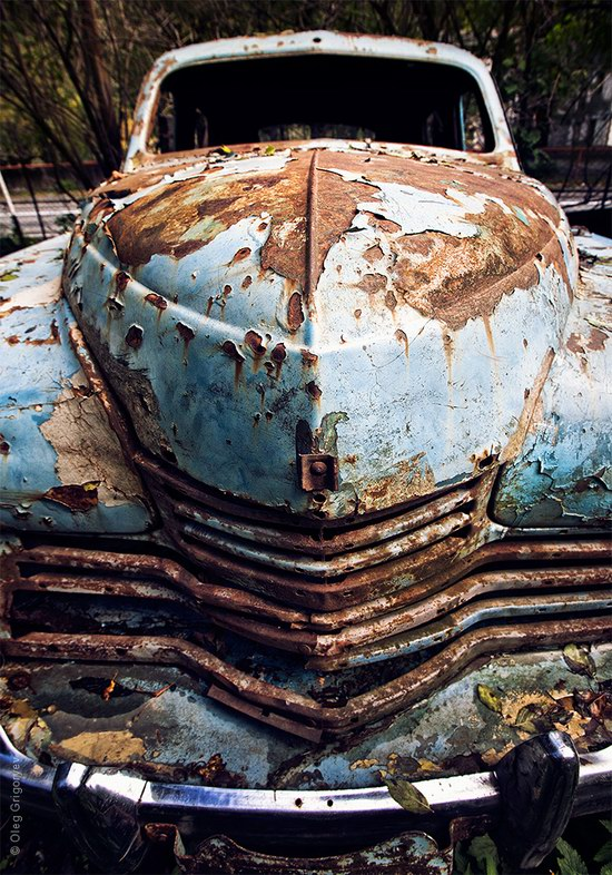 Abandoned vintage cars, Ukraine, photo 4