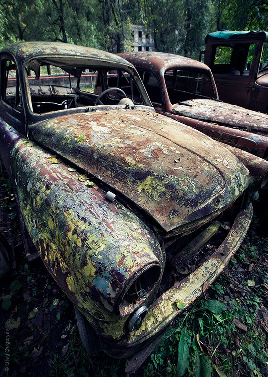 Abandoned vintage cars, Ukraine, photo 9
