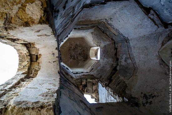 Abandoned Moorish palace near Odessa, Ukraine, photo 15