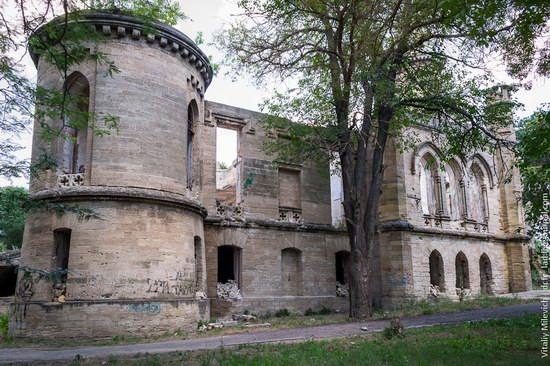 Abandoned Moorish palace near Odessa, Ukraine, photo 17
