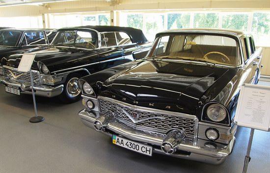 Vintage cars collection Mezhigorie, Ukraine, photo 11