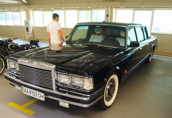 Vintage cars collection Mezhigorie, Ukraine, photo 24